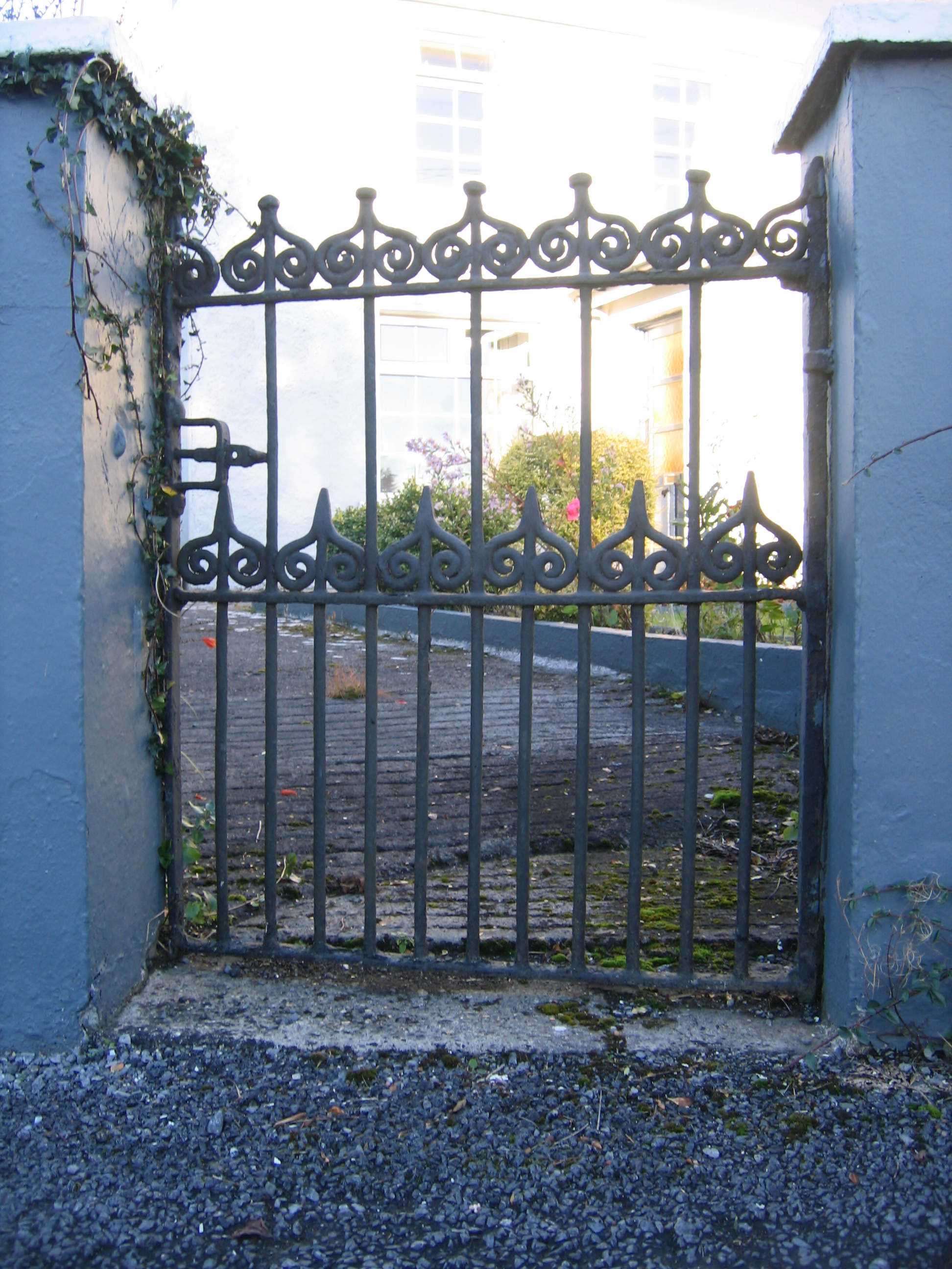Gate made by Clancy Fleming at McWalter's Grrrafrauns